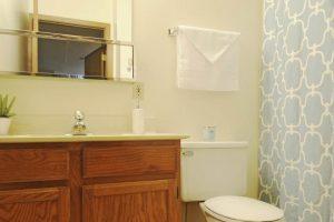 Edgerton_bathroom4