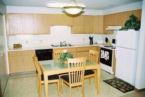 Monona-Shores-008-Apartments