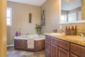 Residences-at-009-Oak-View