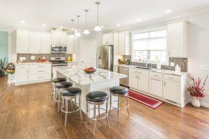 Residences-at-011-Oak-View