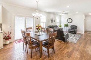 Residences-at-012-Oak-View