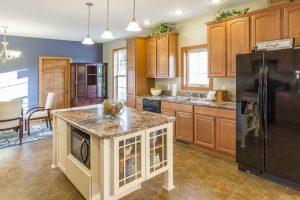Residences-at-029-Oak-View